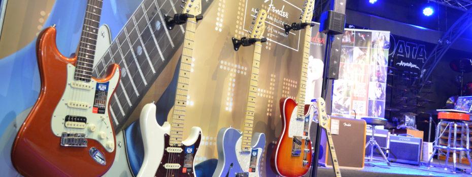 Fender Roadshow v MusicData