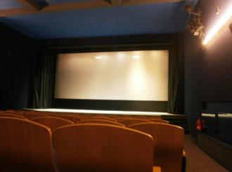 Obrázek č.1 reference Akustické úpravy jeviště – kino Svratka