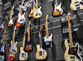 Přijďte si zahrát na Fender Custom Shop