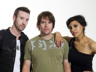 Britská taneční skupina Chicane našla zalíbení v systému MIPRO ACT-82