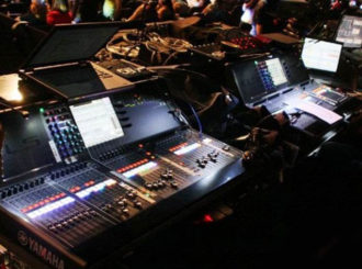 Obrázek č.1 article Yamaha CL-5 na turné s orchestrem KOHAR