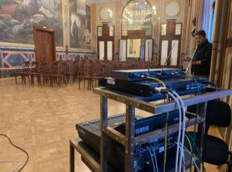 Obrázek č.15 reference Nexo STM Line Array ve Smetanově síni Obecního domu