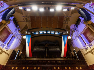 Obrázek č.2 reference Nexo STM Line Array ve Smetanově síni Obecního domu